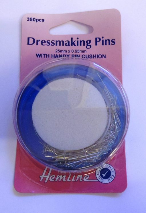 Dressmaking Pins with Handy Pin Cushion code 704