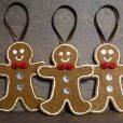 gingerbread-men-ornaments