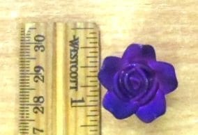 Sue 2 2.5cm Rose Button Medium