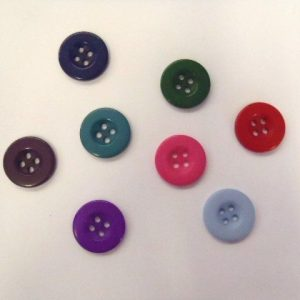 1411 Buttons size 28 Plastic
