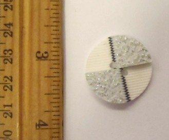 White/Silver Glitz Buttons 8862