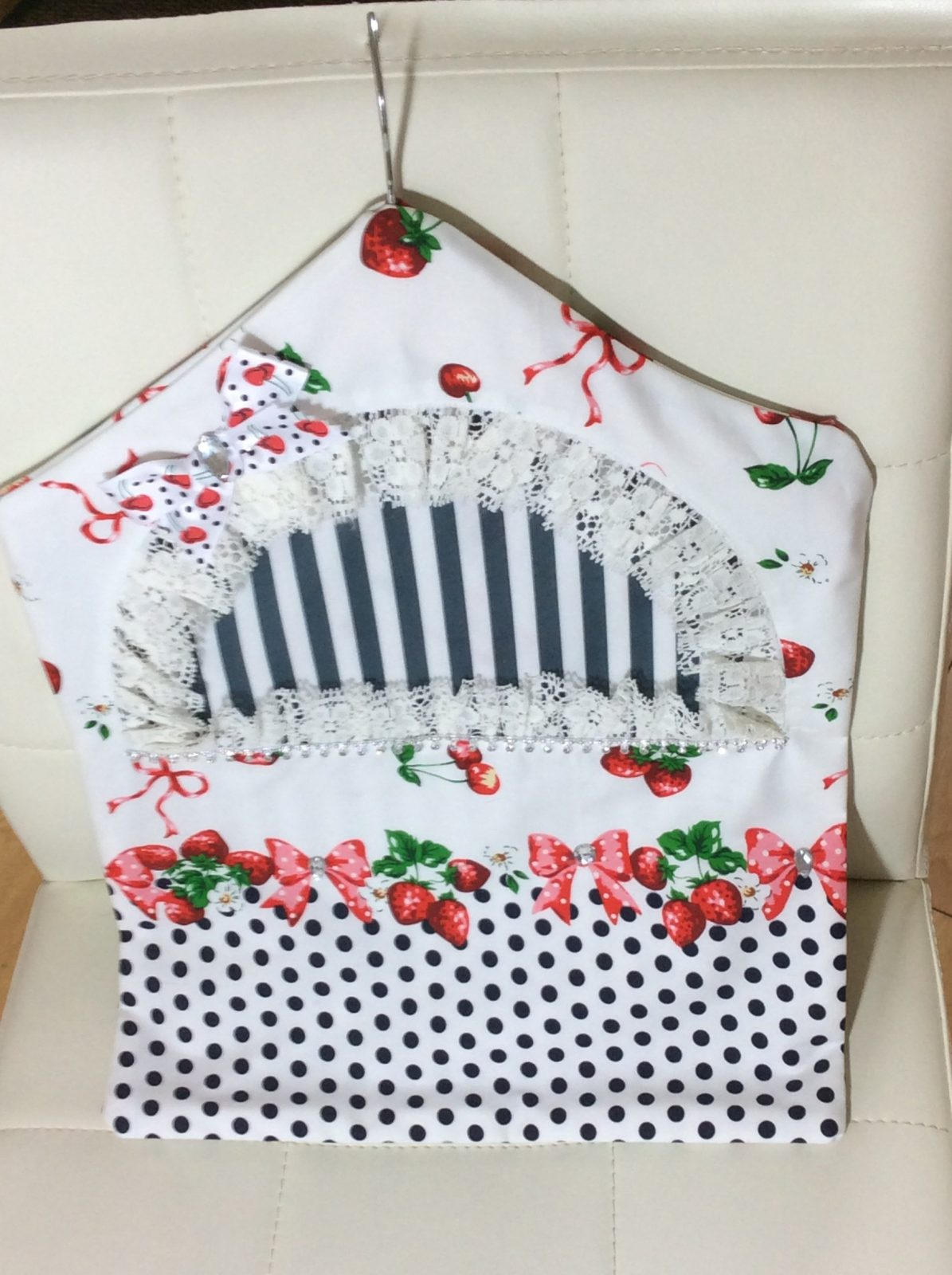 Strawberry Washing Peg Bag made with Printed Cotton Fabrics