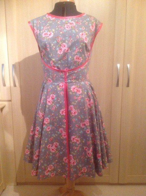 Retro Walkaway Dress made with Vintage Style Cotton Fabrics