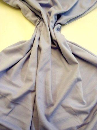 lilac t-shirting