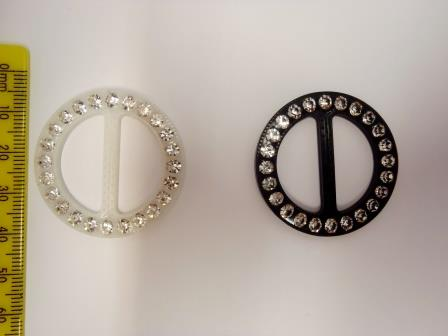 Round Diamante Buckle 25K-088