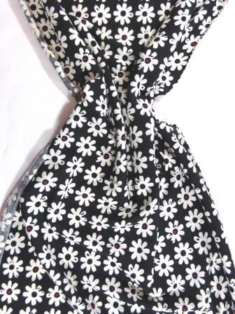 T-Shirting Fabric Gerbera Row black